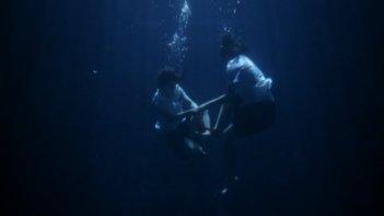 Una scena del film Memento Mori
