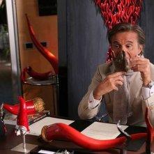 Colpi di fortuna: Christian De Sica scaramentico in una scena