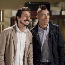 Colpi di fortuna: Luca Bizzarri con Paolo Kessisoglu in una scena