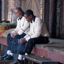 The Butler - Un maggiordomo alla Casa Bianca: Clarence Williams III con David Oyelowo in una scena del film