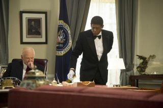 The Butler - Un maggiordomo alla Casa Bianca: Robin Williams con Forest Whitaker in una scena