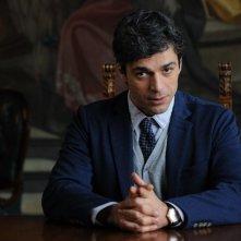 Un boss in salotto: Luca Argentero in una scena del film
