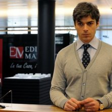 Un boss in salotto: Luca Argentero in una scena tratta dal film