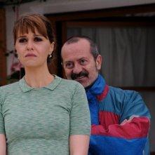 Un boss in salotto: Paola Cortellesi insieme a Rocco Papaleo in una scena
