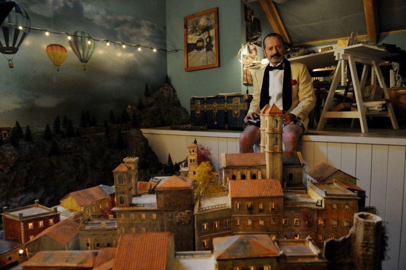 Un Boss In Salotto Rocco Papaleo In Una Bizzarra Scena Del Film 294475