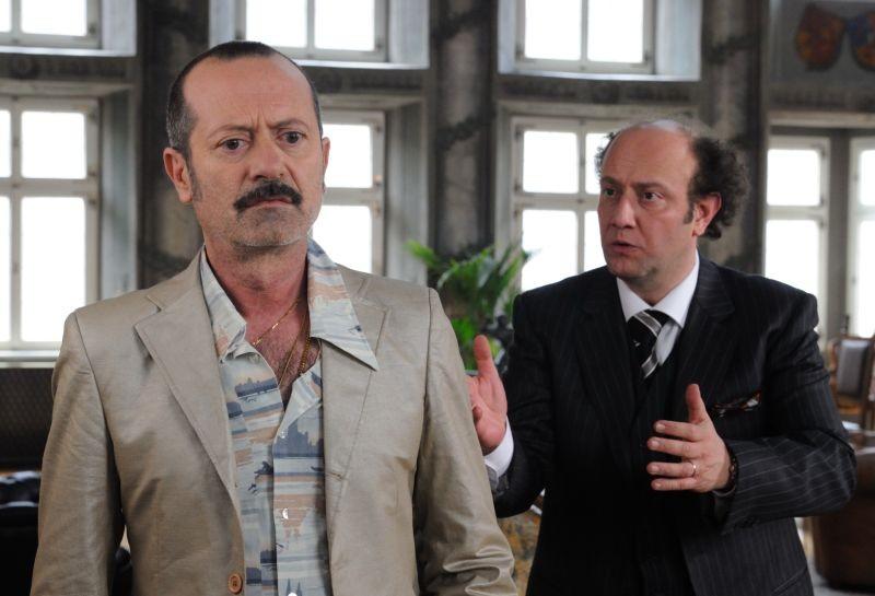 Un Boss In Salotto Rocco Papaleo In Una Scena Del Film Con Alessandro Besentini 294472