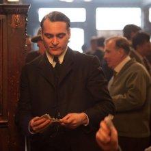 C'era una volta a New York: Joaquin Phoenix in una scena del film