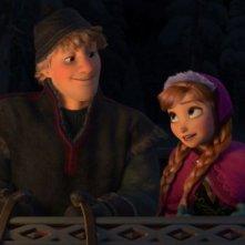 Frozen: Kristoff e Anna in una scena del film