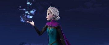 Frozen: la candida Elsa in una scena
