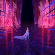Frozen: la candida Elsa intrappolata tra i ghiacci in una scena