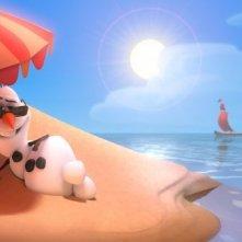 Frozen: Olav il pupazzo di neve in spiaggia in una bizzarra scena