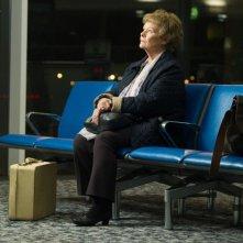 Philomena: Judi Dench attende speranzosa in una scena del film