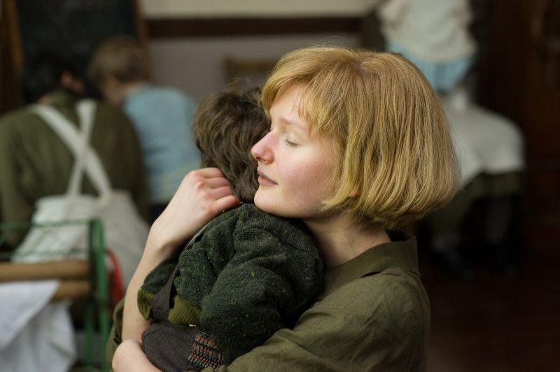 Philomena Sophie Kennedy Clark Nei Panni Di Una Giovane Philomena In Una Scena Del Film 294743