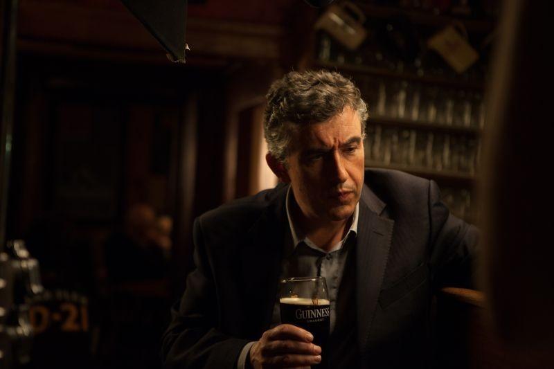 Philomena Steve Coogan Riflette Bevendo Una Guinness In Una Scena Del Film 294724