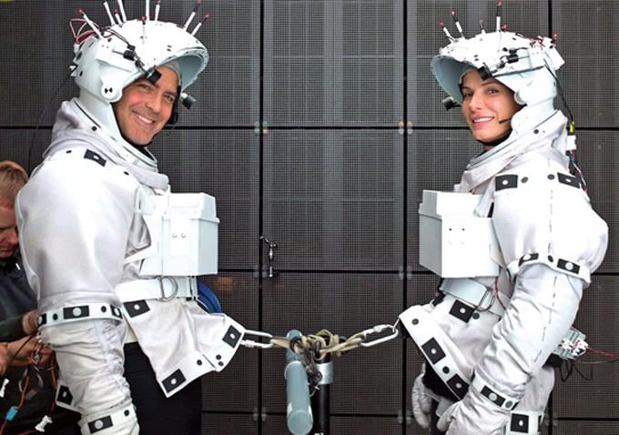 Gravity Sandra Bullock E George Clooney Sul Set 294812