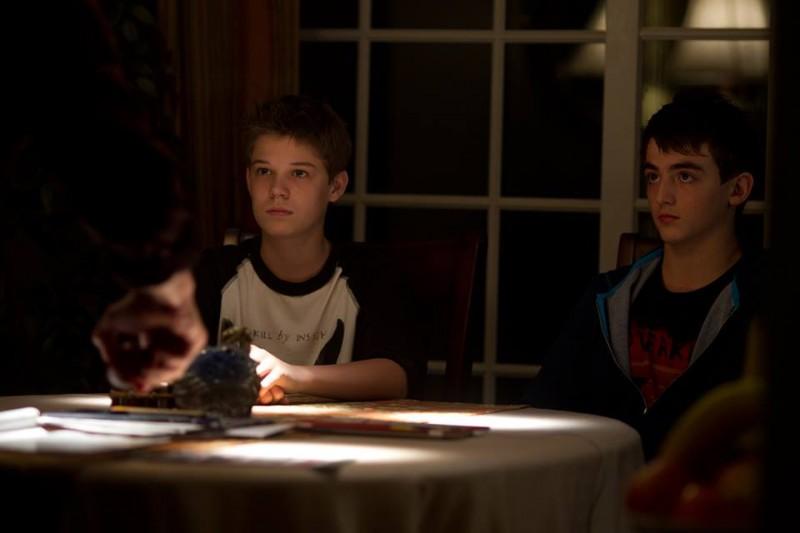 Disconnect Colin Ford Insieme A Aviad Bernstein In Una Scena 294909
