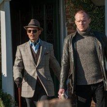 Mortdecai: Johnny Depp e Paul Bettany sul set del film