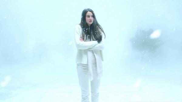 White Bird In A Blizzard Shailene Woodley In Un Immagine 295053