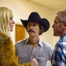 Dallas Buyers Club: Jared Leto e Matthew McConaughey sul set del film col regista Jean-Marc Vallée