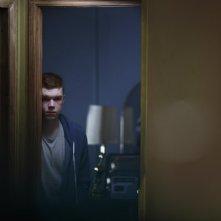 Jamie Marks Is Dead: Cameron Monaghan si nasconde dietro una porta