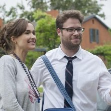 Neighbors: Seth Rogen e Rose Byrne in una scena del film