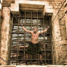 Hercules: La leggenda ha inizio, Kellan Lutz furioso in catene