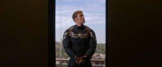 Captain America: The Winter Soldier: Chris Evans si guarda intorno