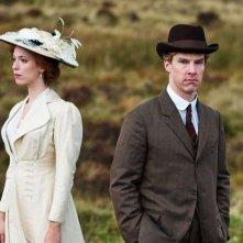 Benedict Cumberbatch e Rebecca Hall in un'immagine di Parade's End