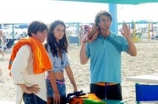 Sapore di te: Katy Saunders con Matteo Leoni e Eugenio Franceschini in una scena del film