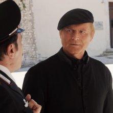 Don Matteo 9: Terence Hill e Nino Frassica in una scena