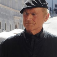 Don Matteo 9: Terence Hill in una scena