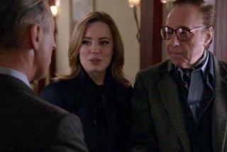 The Good Wife: Alan Cumming, Melissa George e Peter Bogdanovich in una scena dell'episodio Goliath and David