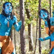 Angry Games - La ragazza con l'uccello di fuoco: Maiara Walsh e Nick Gomez nella parodia di Avatar