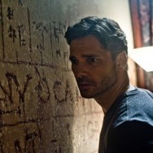 Deliver Us From Evil: un preoccupato primo piano di Eric Bana