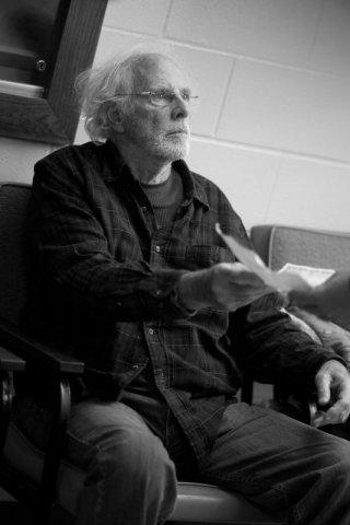 Nebraska: Bruce Dern in una scena del film
