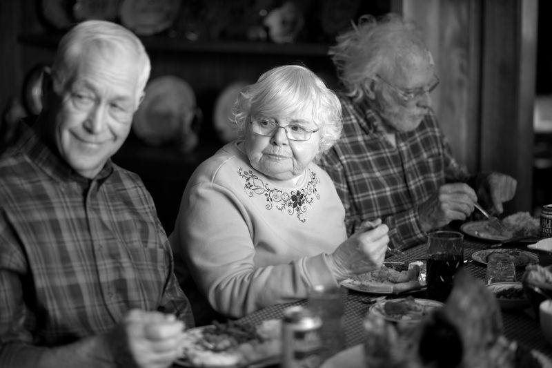 Nebraska Bruce Dern Insieme A June Squibb In Una Scena Del Film 296226