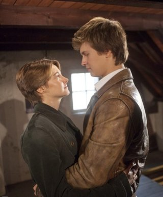 The Fault in Our Stars: un abbraccio tra Shailene Woodley e Ansel Elgort