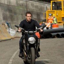Jack Ryan: Shadow Recruit - Chris Pine in motocicletta
