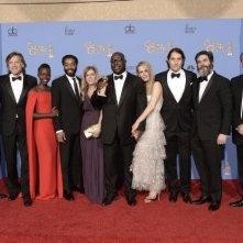 Golden Globes 2014: Steve McQueen con il cast di 12 anni schiavo, premiato come miglior film drammatico