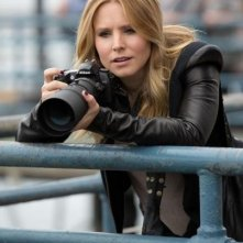 Veronica Mars: Kristen Bell armata di teleobiettivo nel ruolo di Veronica Mars
