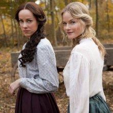 Hatfields & McCoys: Jena Malone e Lindsay Pulsipher in una scena