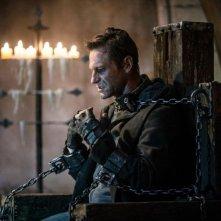 I, Frankenstein: Aaron Eckhart incatenato nei panni di Adam Frankenstein
