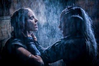 I, Frankenstein: Caitlin Stasey in una scena del film