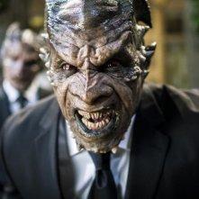 I, Frankenstein: Kevin Grevioux nei panni di Dekar in una scena del film fantasy