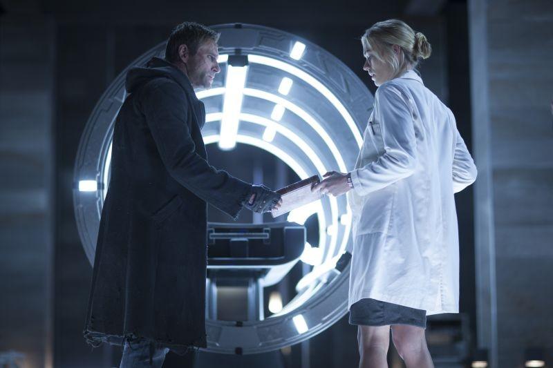 I Frankenstein Yvonne Strahovski E Aaron Eckhart In Una Scena Del Film Fantasy 296764