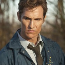 True Detective: Matthew McConaughey nella premiere The Long Bright Dark
