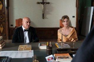 La gente che sta bene: Claudio Bisio e Margherita Buy in una scena del film