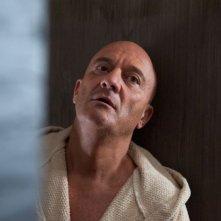 La gente che sta bene: Claudio Bisio in versione disperata in una scena del film