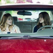 Laggies: Keira Knightley e Chloe Moretz in auto