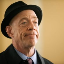 Growing Up Fisher: J.K. Simmons in una scena della serie